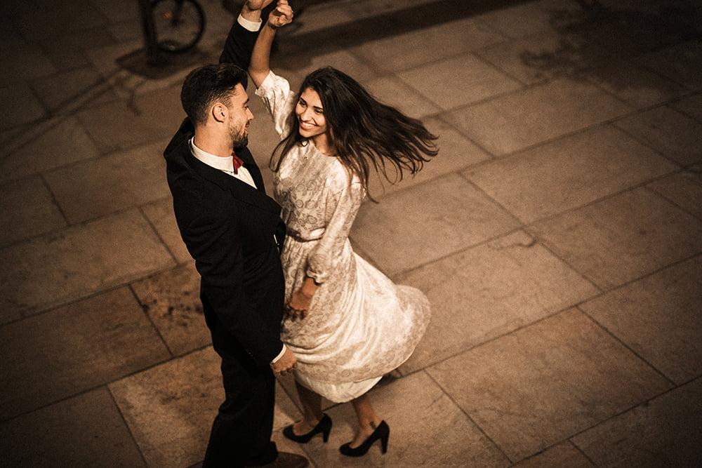 10 motive pentru a participa la un curs de dans: De ce este benefic pentru trup și suflet?